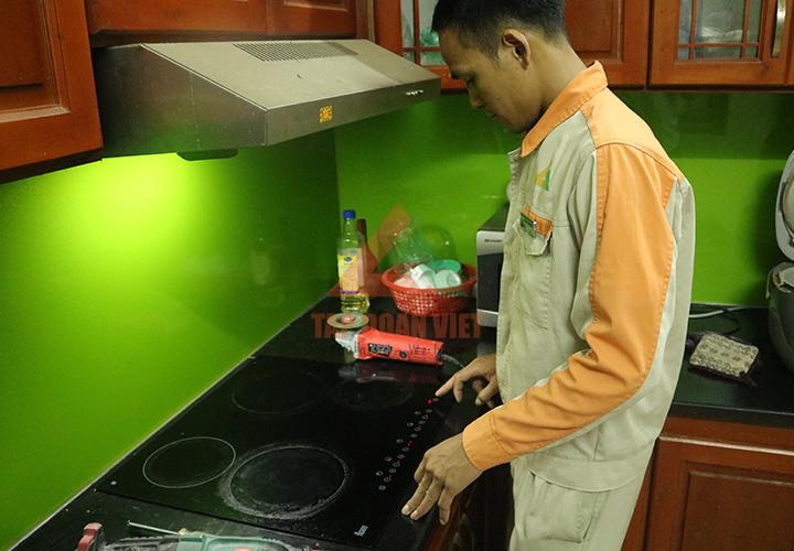 Sửa bếp từ Muchen ngay tại nhà