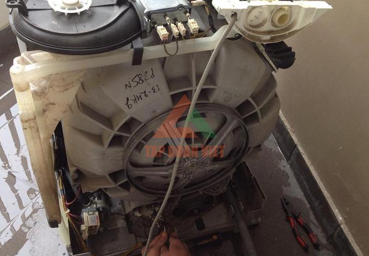 Sửa máy giặt Aqua chuyên nghiệp
