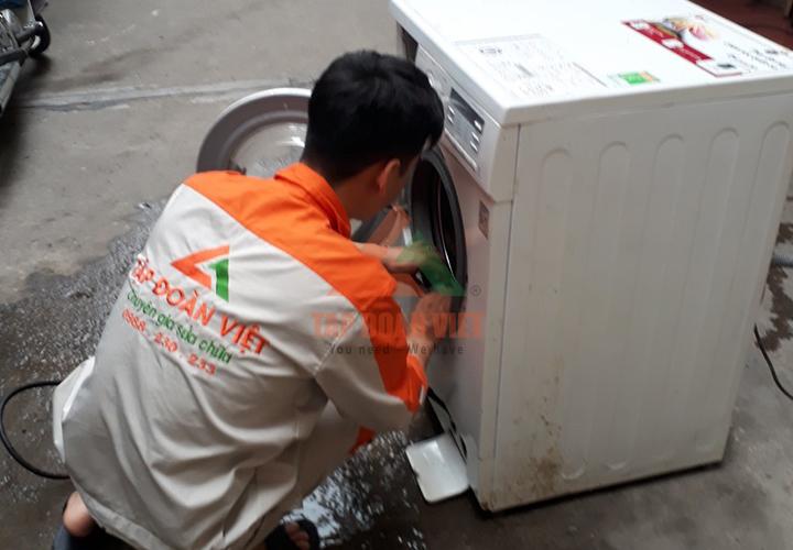 Dịch vụ sửa máy giặt Toshiba không xả nước an toàn
