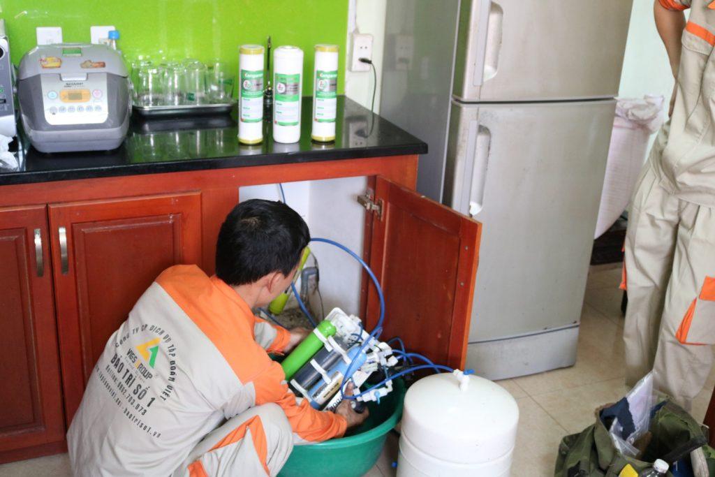 Cách sửa máy lọc nước không chạy