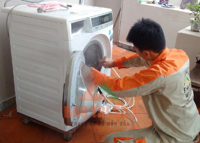 Dịch vụ sửa máy giặt Ariston uy tín